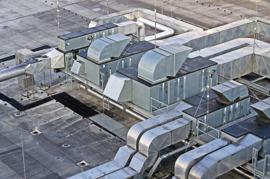 Hallen Belüftung Dach